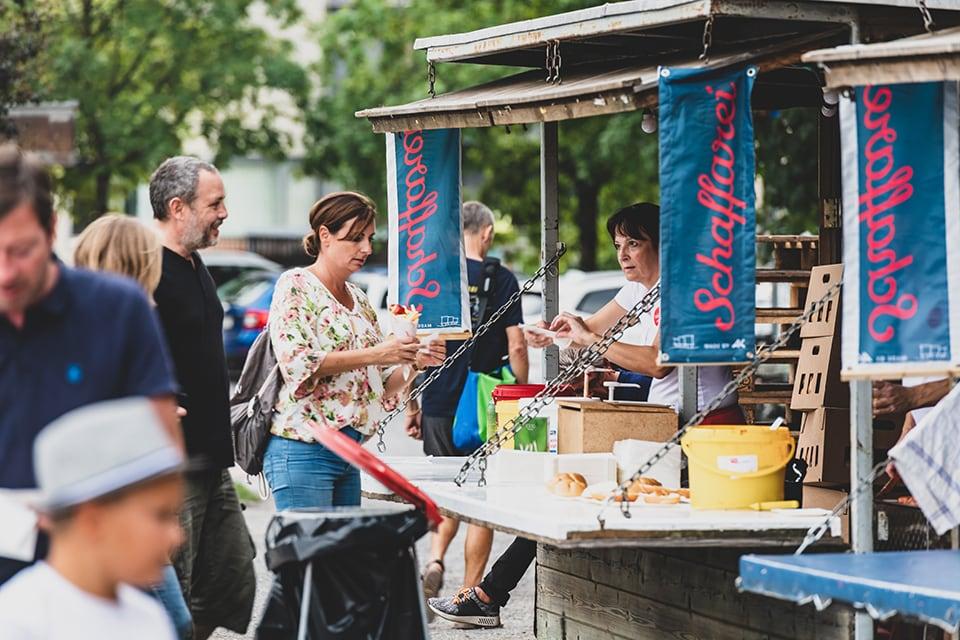Kulinarisch wurden die Besucher des Schaffarei Festivals der AK Vorarlberg am Essensstand verwöhnt.