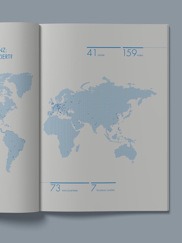Innenseite mit Weltkarte des Alpla Nachhaltigkeitsberichts
